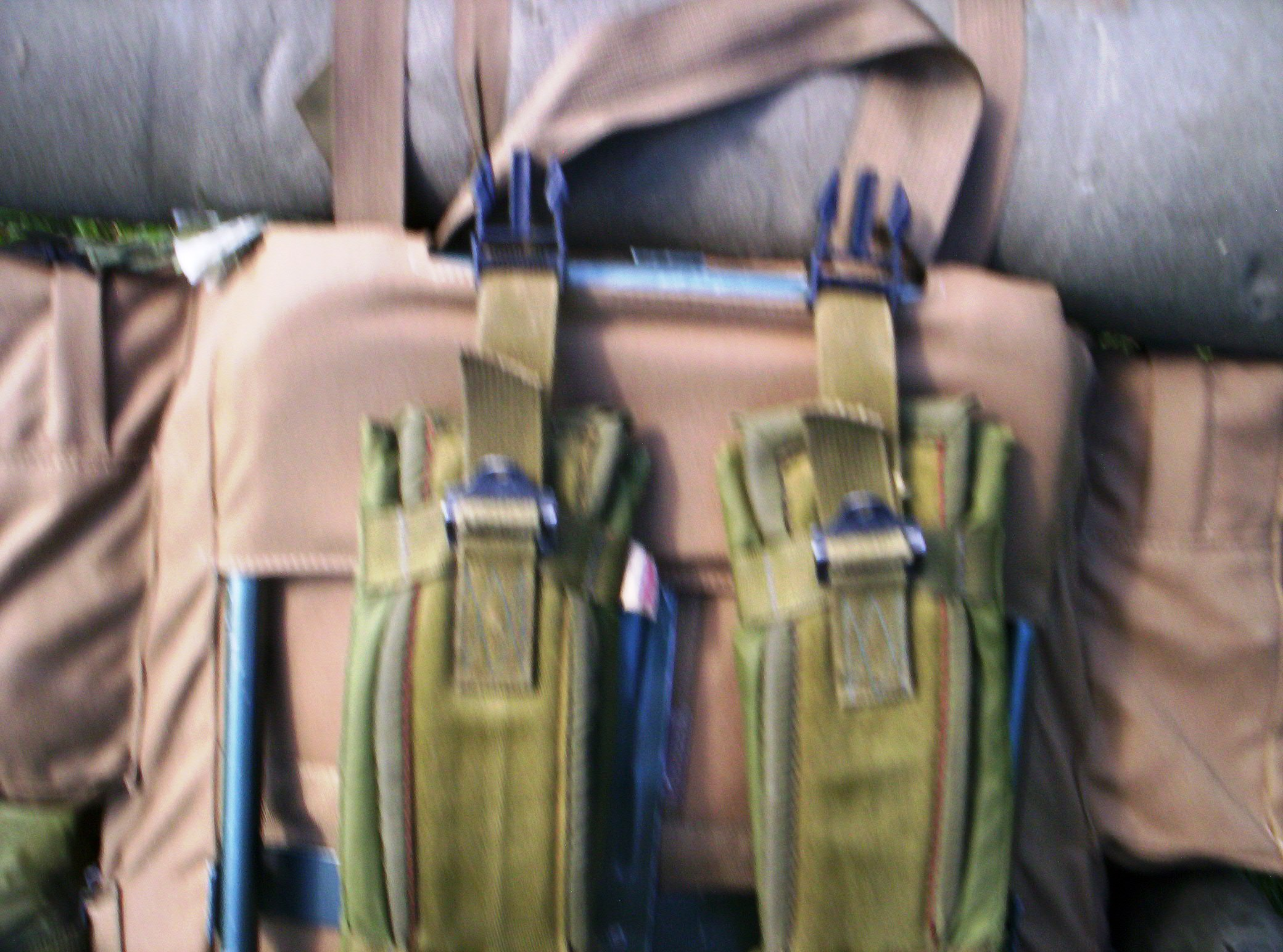 once youve done that its a simple matter of just snapping the assault pack in place see pic