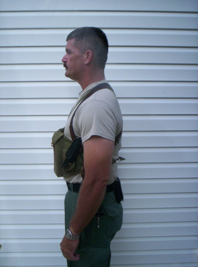 chest rig side view (six mags)
