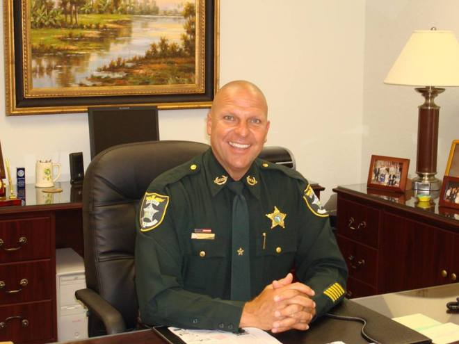 Sheriff Mike Scott